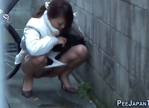public,asian,hd,pissing,voyeur Strange japanese...