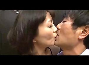 japanese,mature-woman,asian_woman Mature woman and...