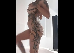asia-doll;big-tits;perfect-body;perfect-ass;inked-girls,Asian;Babe;Big Tits;Masturbation;Pornstar;Party;Massage;Exclusive;Verified Models;Solo Female,Kim XXX Geil in Badewanne