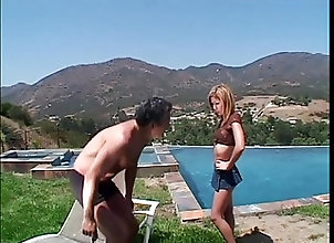 Anal;Asian;Old+Young;Outdoor;Skinny;Piscina Razz- vecchio si...